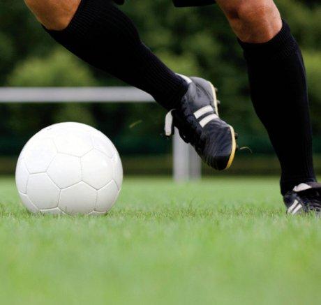O-Beine und intensives Fußballtraining im Wachstumsalter