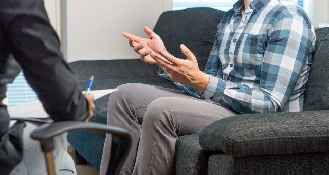 Gesundheitsämter suchen Psychiater und Psychotherapeuten