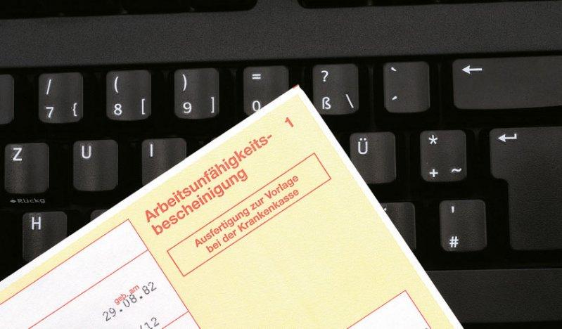 Die elektronische Übermittlung von Arbeitsunfähigkeitsbescheinigungen soll den Krank - meldungsprozess beschleunigen und vereinfachen.