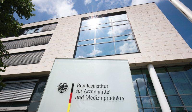 Das BfArM soll nach dem Urteil des Bundesverwaltungsgerichts tödlich wirkende Arzneimittel an Suizidwillige herausgeben. Foto: picture alliance/Ulrich Baumgarten