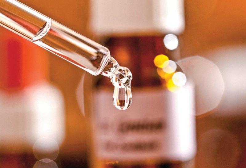Die Herstellung von rezeptpflichtigen Arzneien wird für nichtärztliche Heilberufler verschärft. Foto: YourPhotoToday