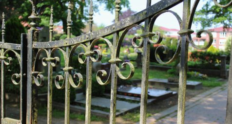 Kriminalermittler sollen Friedhof für Leichenexperimente bekommen