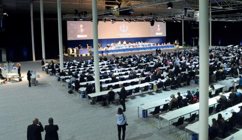 Die Delegierten des Ärztetages mahnten in Münster eine begleitende Beratung zu Pränataltests an. Foto: Thorsten Maybaum