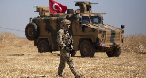 Vor möglichem Einmarsch in Syrien: Türkei schickt Ärzte an Grenze