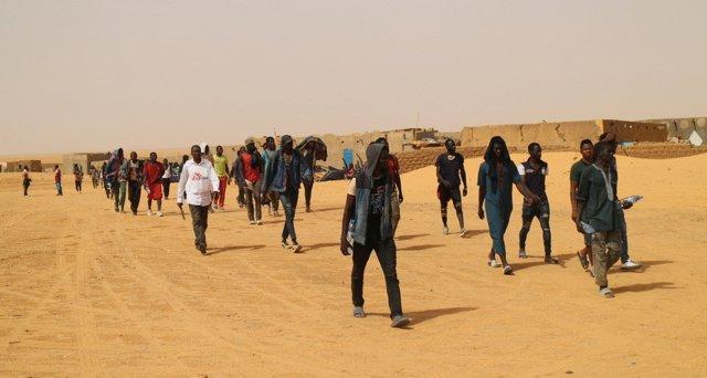 Ärzte ohne Grenzen unterstützt Such- und Rettungseinsätze in der Sahara