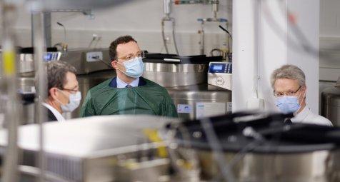 Millionenförderung für COVID-Biobank und Datensammlung