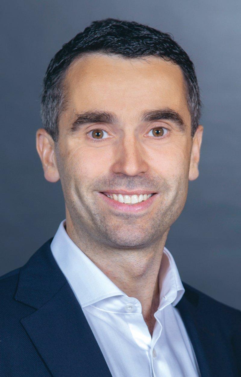 Peter Bobbert: Der Facharzt für Innere Medizin ist Mitglied im Vorstand der Bundesärztekammer und des Marburger Bundes. Foto: Bundesärztekammer
