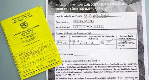 Bundeskanzlerin-Merkel-und-Vizekanzler-Scholz-mit-Astrazeneca-geimpft
