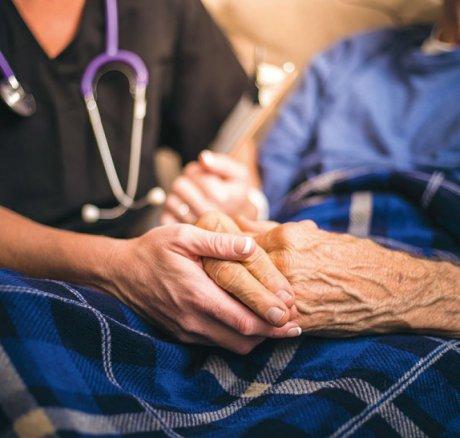 Sterbeorttrend und Häufigkeit einer ambulanten Palliativversorgung am Lebensende