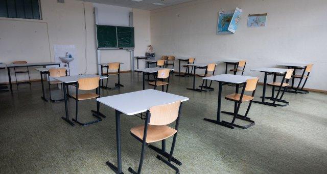 Göring-Eckardt wirft Bund Untätigkeit bei Coronastrategie für Schulbetrieb vor