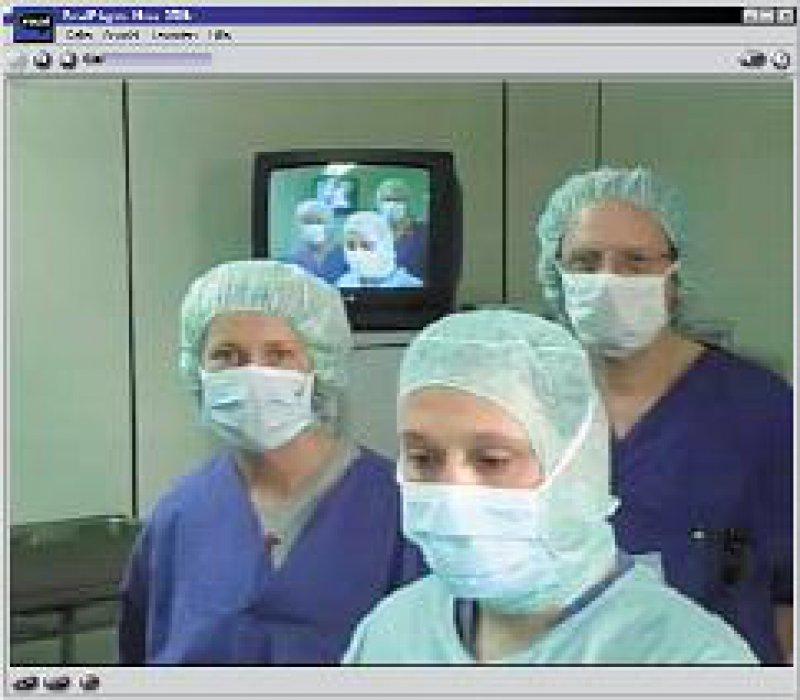 Lerneffekt: Online abrufbare Übertragungen von Operationen bieten viele Möglichkeiten.