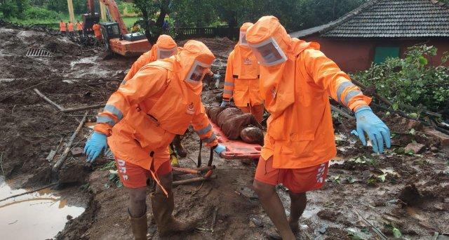 Zahlreiche Opfer durch Erdrutsche und Überschwemmungen in Indien