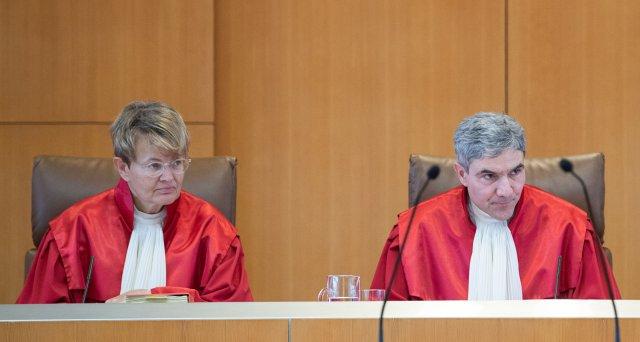 Befangenheitsvorwürfe gegen Karlsruher Richter im Coronaverfahren