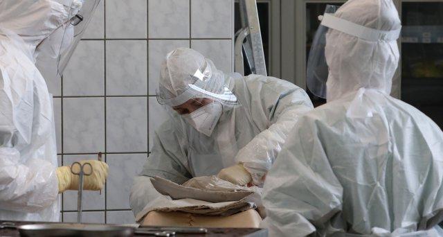 Register hat rund 1.100 Obduktionen nach COVID-19 erfasst