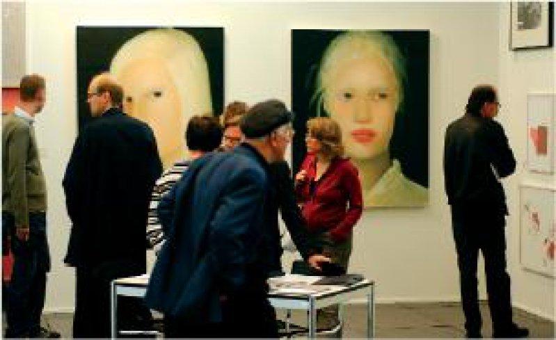 """Die """"Art Forum Berlin"""" beschränkt sich auf zeitgenössische Kunst. Foto: Art Forum Berlin 2005"""