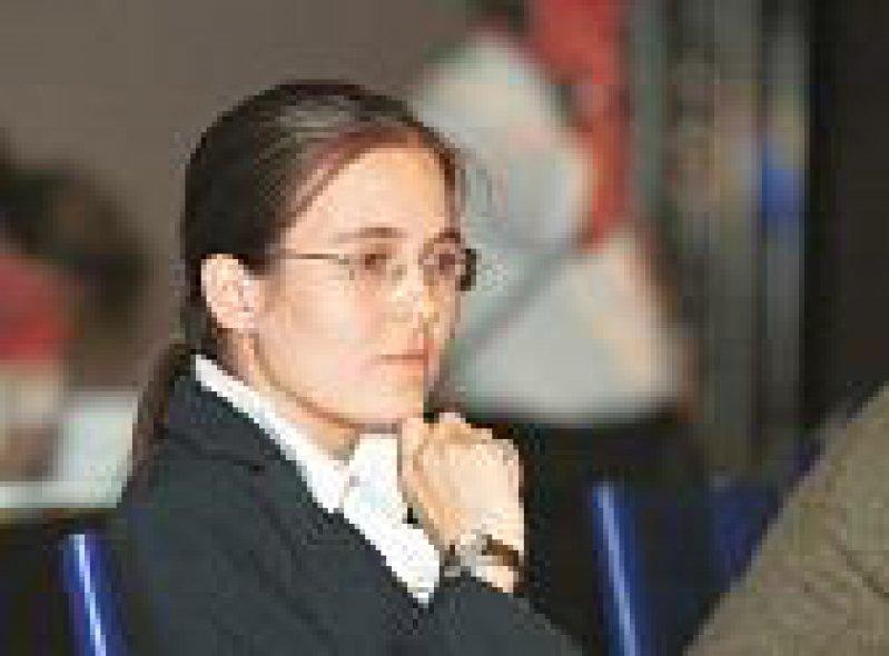 Ein Ausschnitt des DÄ-Titels vom 1. Juni 2001: Der 104. Deutsche Ärztetag hatte medienwirksam auf die Situation der jungen Ärzte aufmerksam gemacht.