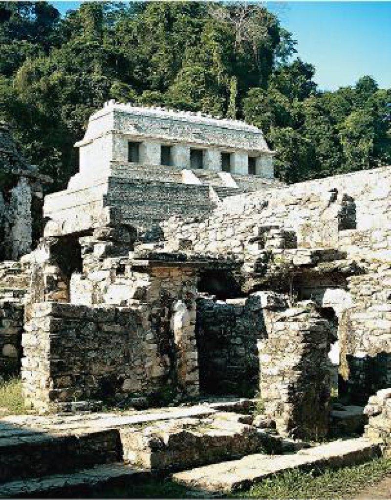 Zeugnisse der Maya-Kultur: Tempel und Palast in Palenque