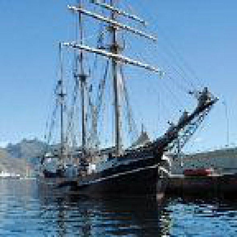 Thor Heyerdahl hat dem Dreimast- Gaffel-Schoner den Namen gegeben.
