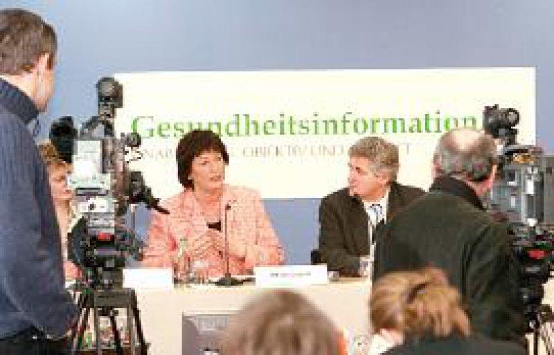Foto: Georg J. Lopata Mehr Transparenz und mehr Patientenorientierung verspricht sich Bundesgesundheitsministerin Ulla Schmidt von der Internetplattform für Patienten.