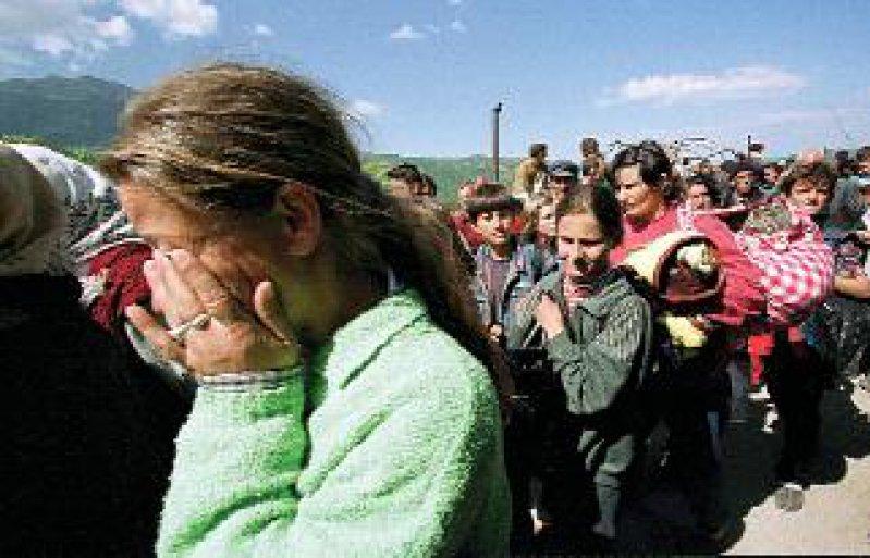 Nach Ausbruch der Bürgerkriege auf dem Balkan flüchteten Hunderttausende Zivilisten vor den Kriegsgräueln ins Ausland. Allein in Deutschland kamen mehr als 350 000 Migranten unter. Foto: dpa