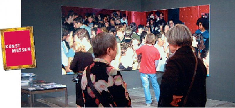 high&low – Fine Art Fair Frankfurt: Galerie Voss/Düsseldorf mit einem Diptychon von Frank Bauer Foto: Gerda Jaeschke