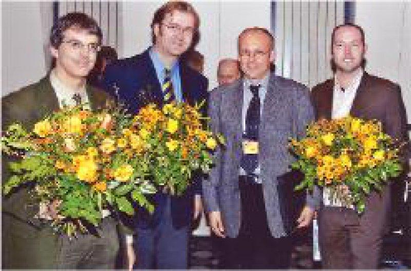 Albert Newen, Kai Vogeley,Andreas Woitossek (Janssen- Cilag) und Jann E. Schlimme (von links) Foto: Publicis Vital PR