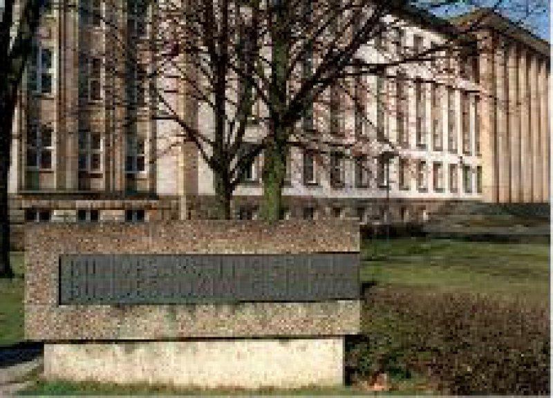 Foto: dpa Zur inhaltlichen Beurteilung hat das Bundessozialgericht den Fall Clopidogrel an das Landessozialgericht Nordrhein-Westfalen zurückverwiesen.