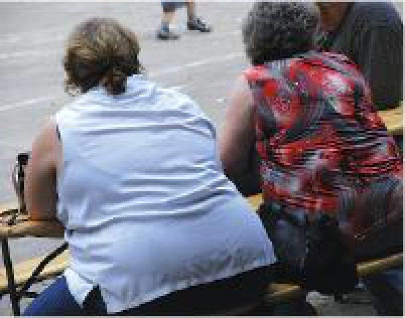 Die BEK bietet Schulungsprogramm für Übergewichtige an. Foto: picture alliance