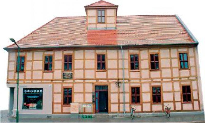 Einer Bürgerinitiative in Dessau ist es gelungen, das Schwabehaus zu retten. Fotos: Maja Rehbein