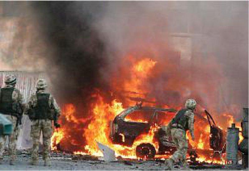 Kabul am 14. November 2005: Bei einem Selbstmordattentat wird ein deutscher Soldat getötet. Foto: dpa