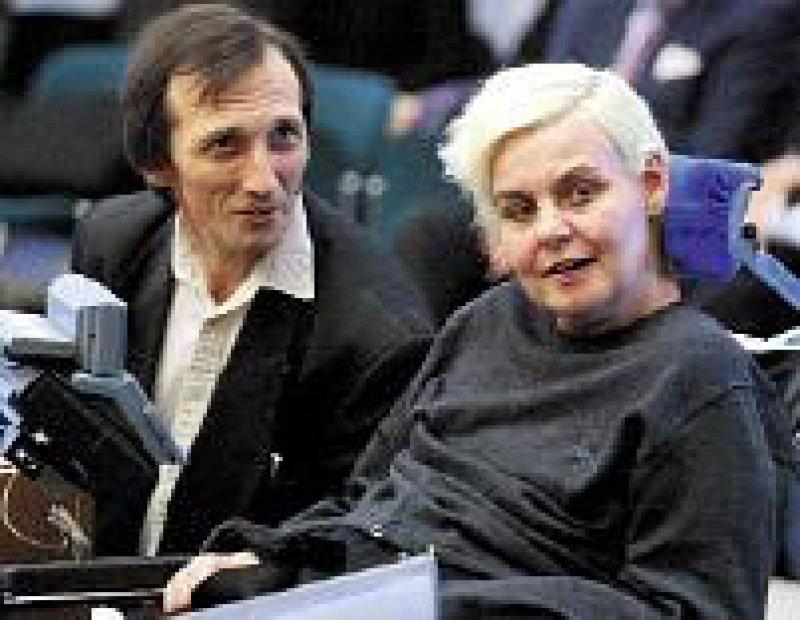 Diane und Brian Pretty bei der Anhörung in Straßburg Foto: dpa
