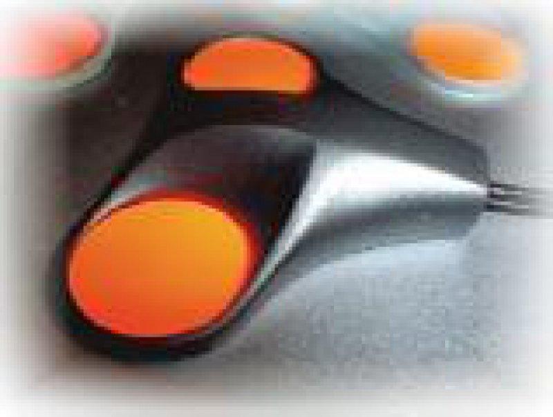Über Beschleunigungssensoren wird die Position der Maus im Raum gemessen und zum Computer übertragen.