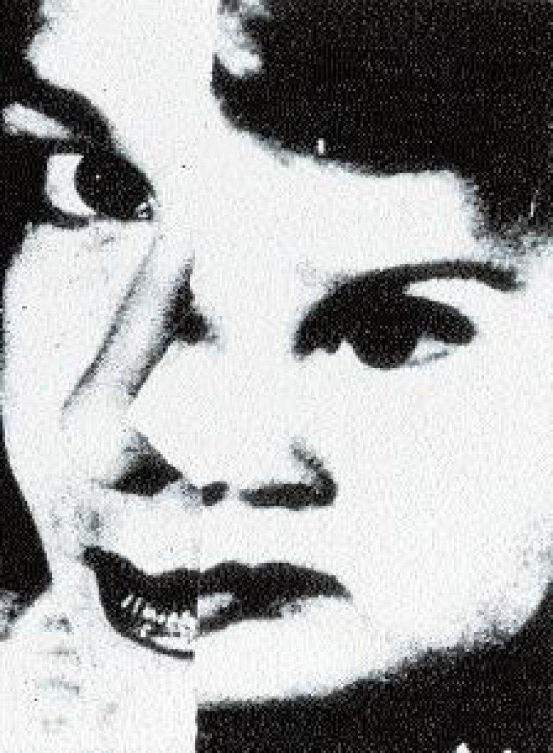 """""""Dornröschen"""", Schwarz- Weiß-Foto auf Papier, 100 cm x 76 cm, rückseitig signiert, datiert 1993/2001 Biografie Birgit Kahle: Geboren 1957 in Köln. Als Fotokünstlerin Autodidaktin. Lebt und arbeitet in Köln und Stresa, Italien. Foto: Eberhard Hahne"""