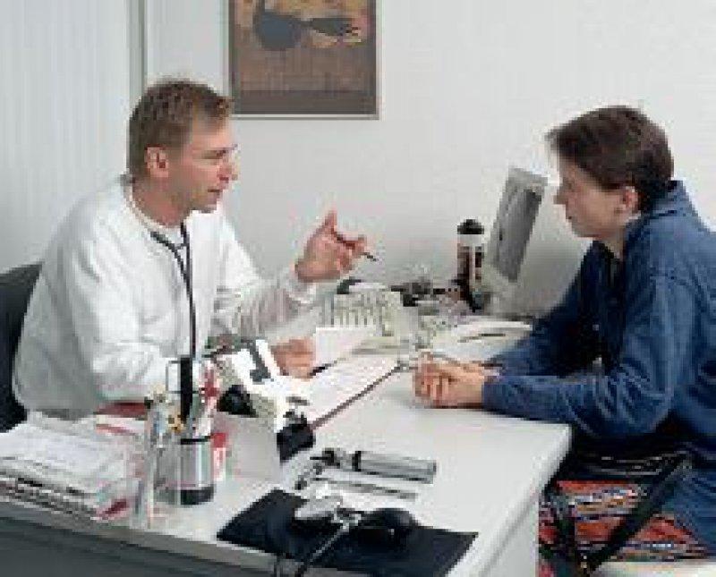 Immer mehr Patienten bereiten sich auf das Arztgespräch mit Gesundheitsseiten im Internet vor. Foto: Wirtz