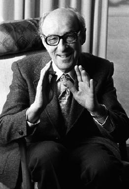 """Die Psychoanalyse ist aus der Medizin hervorgegangen . . . es hieße, sie zum Absterben verurteilen, wollte man sie ihrer primären Erfahrungsquelle aus der Krankenbehandlung berauben."""" Alexander Mitscherlich (1964) Foto: ullstein bild"""