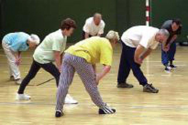 Höherer Stellenwert für Prävention: Ambulante Herzgruppe beim Sport Foto: dpa