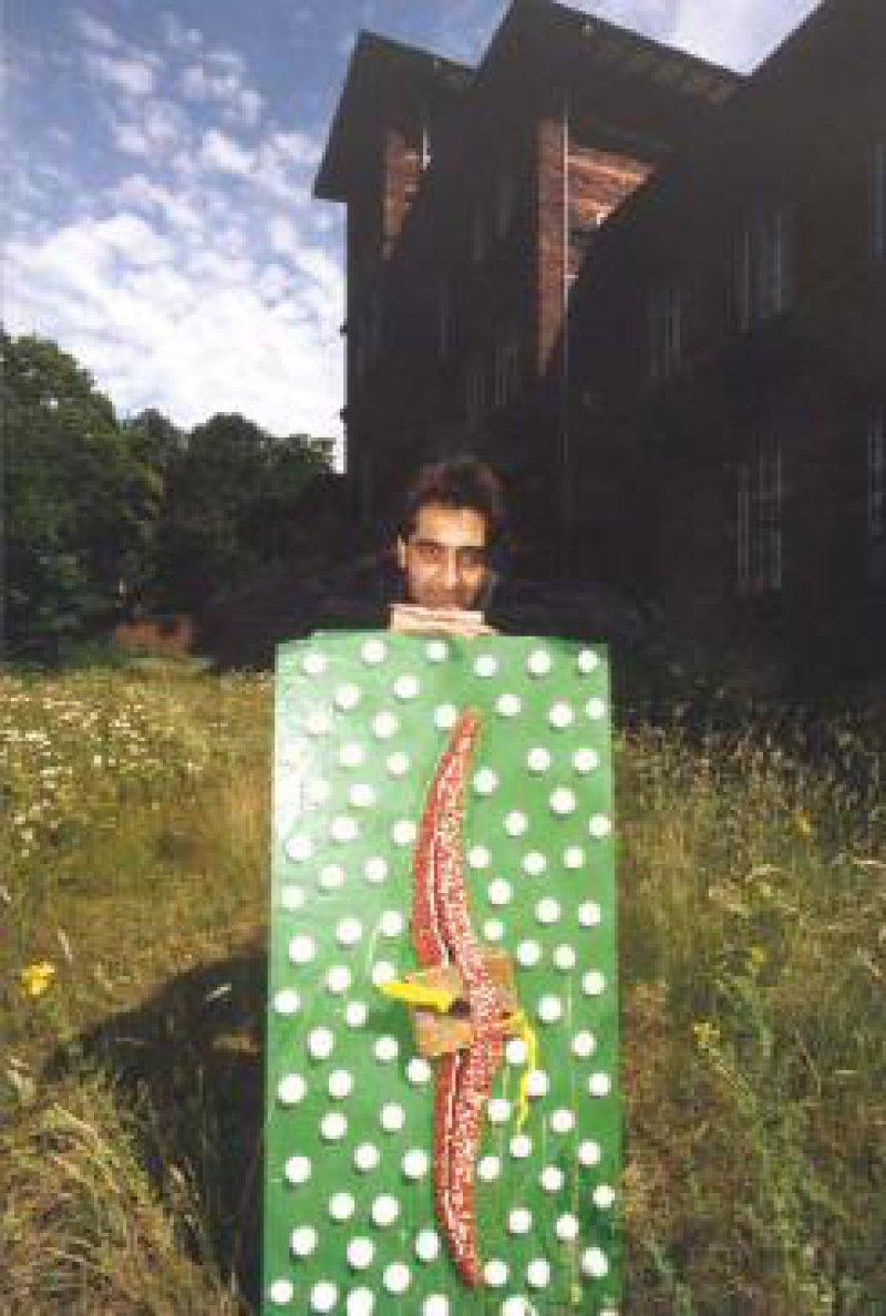 Die Werke des kurdischen Künstlers im Exil, Jamal Abdo, thematisieren Folter, Vergewaltigung, Traumatisierung. Ein Teil seiner Bilder wird zurzeit in den Rheinischen Kliniken Düren ausgestellt. Foto: Landschaftsverband Rheinland