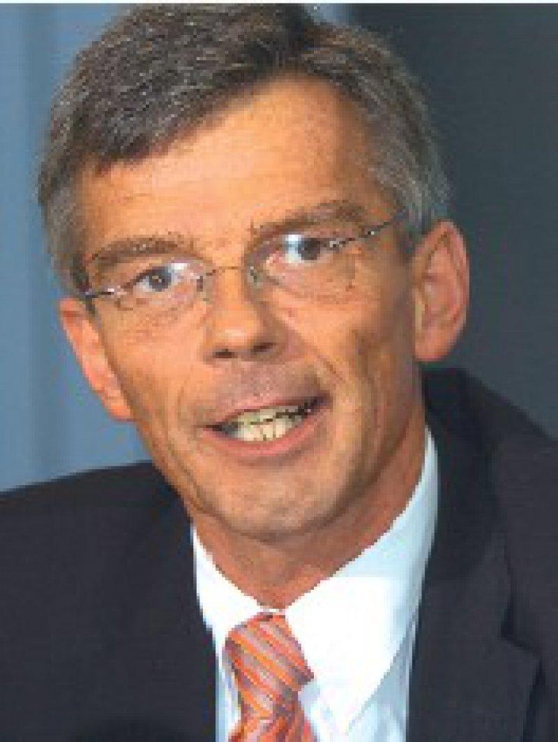 Auf gesetzwidrige Weise beschaffte Daten werden nicht berücksichtigt. Josef Hecken, Präsident des Bundesversicherungsamts Foto: Becker & Bredel