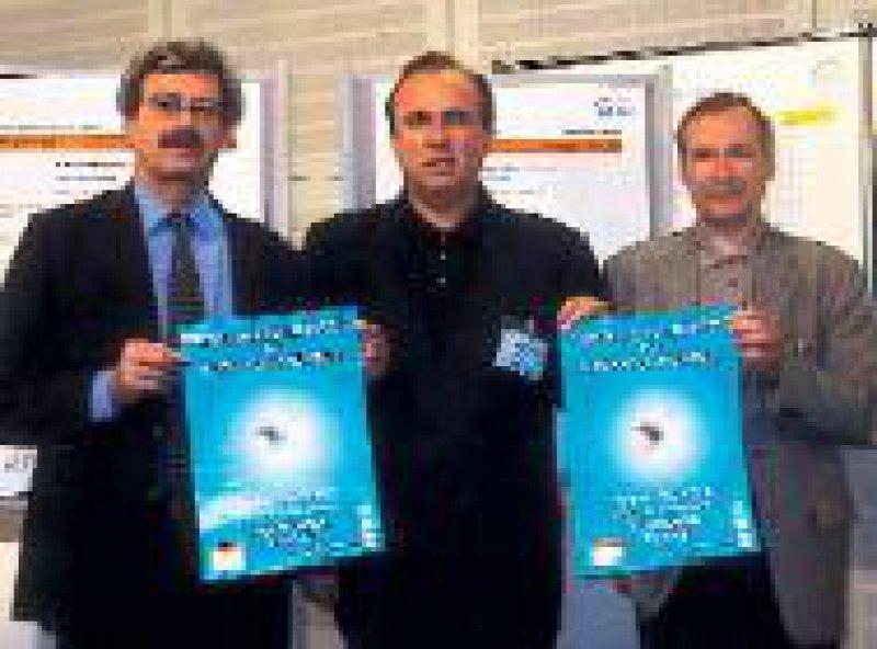 Prof. Dr. Thomas Neuhann, Dr. Armin Scharrer, Prof. Dr. Klaus Ludwig (v. l.) Foto: Hornhautbank