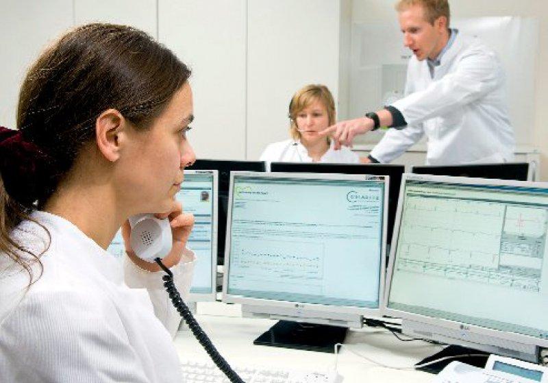 Das Zentrum für kardiovaskuläre Telemedizin an der Charité in Berlin betreut kardiologische Hochrisikopatienten. Foto:Charité