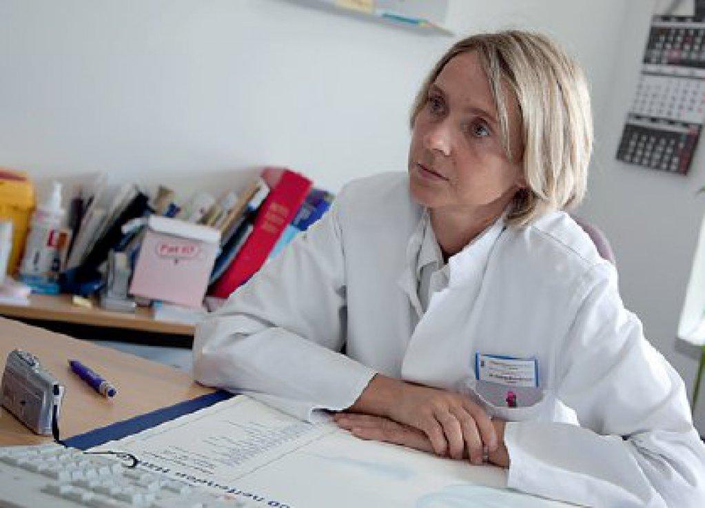 Arzt bundeswehr  Ärzte bei der Bundeswehr: Mehr Last auf weniger Schultern