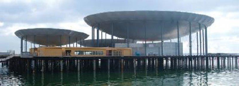 Auf der Schweizer Landesausstellung Expo.02, die noch bis 20. Oktober zu sehen ist, präsentiert Novartis in Neuchâtel das Projekt Biopolis, das zeigen soll, wie die Biound Gentechnik unser Leben verändert. Foto: Novartis