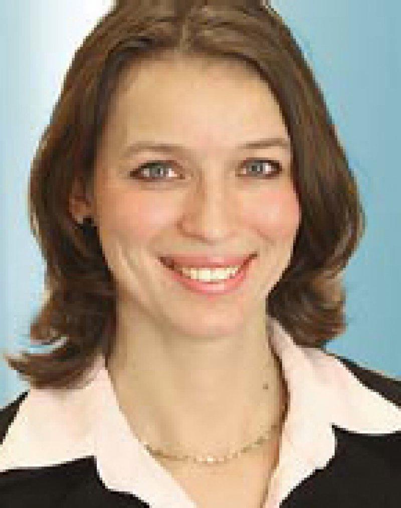 Dr. med. Eva Richter-Kuhlmann. Redakteurin für Gesundheits- und Sozialpolitik in Berlin