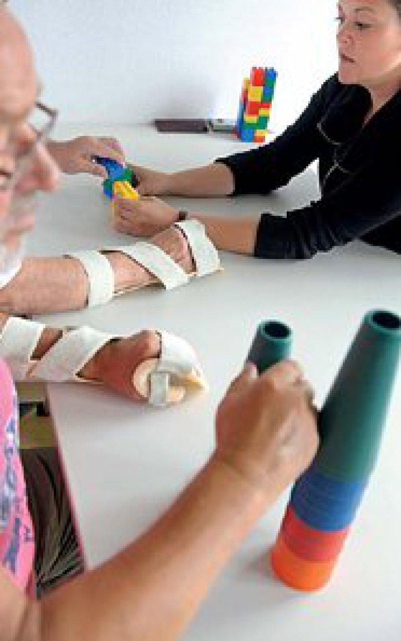 Bei der Versorgung chronisch Kranker sollte es künftig mehr interprofessionelle Zusammenarbeit geben. Foto: ddp