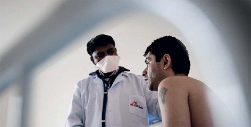 Resistente Tuberkulose ist vor allem in Osteuropa ein Problem. Die Hilfsorganisation Ärzte ohne Grenzen engagiert sich bei der Behandlung wie hier im Nationalen Tuberkulosezentrum im armenischen Abovian. Foto: Bruno De Cock