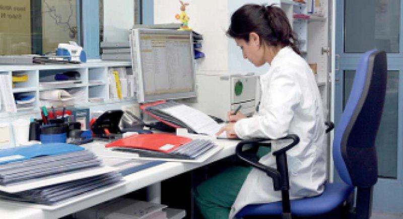 Das Arbeiten in gewohnten Systemen würde die Tumordokumentation erheblich erleichtern. Foto: Caro