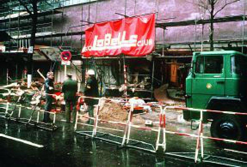 Auch 16 Jahre nach dem Bombenanschlag auf die Berliner Diskothek La Belle leiden viele Opfer unter psychischen LangzeitfolgenFoto: dpa