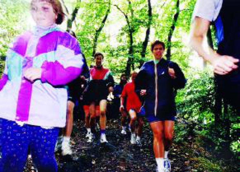 """Bei einer Vielzahl von Erkrankungen sollte regelmäßige körperliche Aktivität """"rezeptiert"""" werden. Foto: DAK/Bause"""