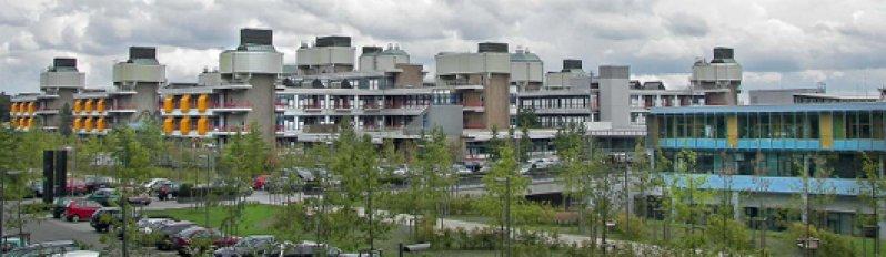 Pilotprojekt der Privatisierung: Das Universitätsklinikum Marburg wurde vor vier Jahren mit dem in Gießen fusioniert und an den neuen Träger, die Rhön-Klinikum AG, veräußert. Foto: Wikipedia