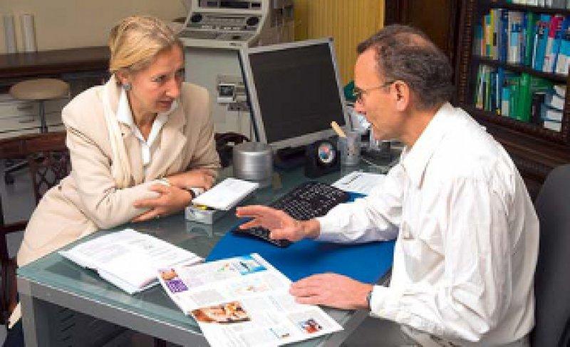 Beratungsstelle für Patienten – ab nächstes Jahr müssen die Kassen eine unabhängige Beratung anbieten. Foto: Visum